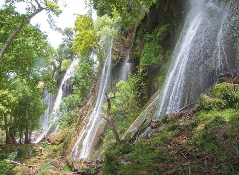 آبشار زردولیمه