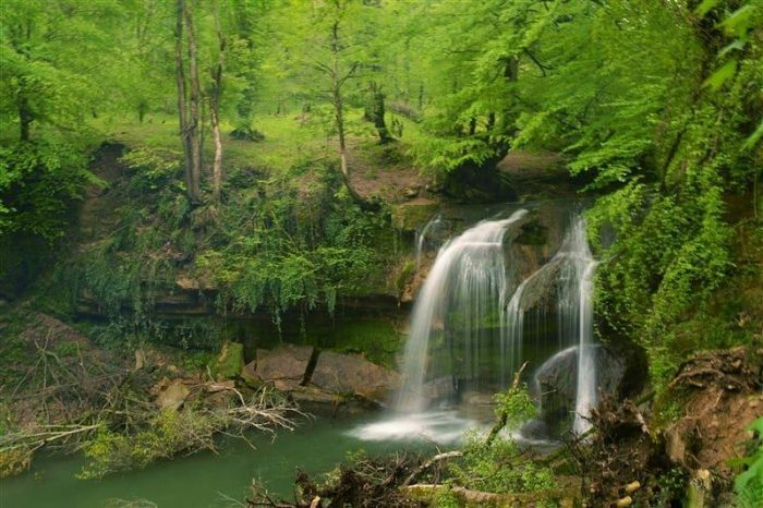 تور یکروزه هفت آبشار 31فروردین